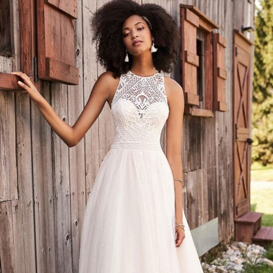 Lillian West - 66189 Brautkleid Vorderansicht 1