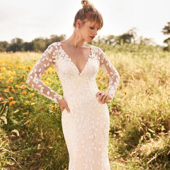 Lillian West - 66195 Brautkleid Vorderansicht 1