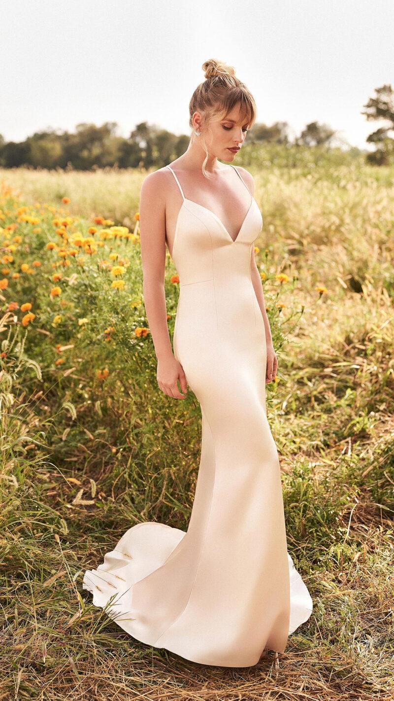 Lillian West - 66195 Brautkleid Vorderansicht 4