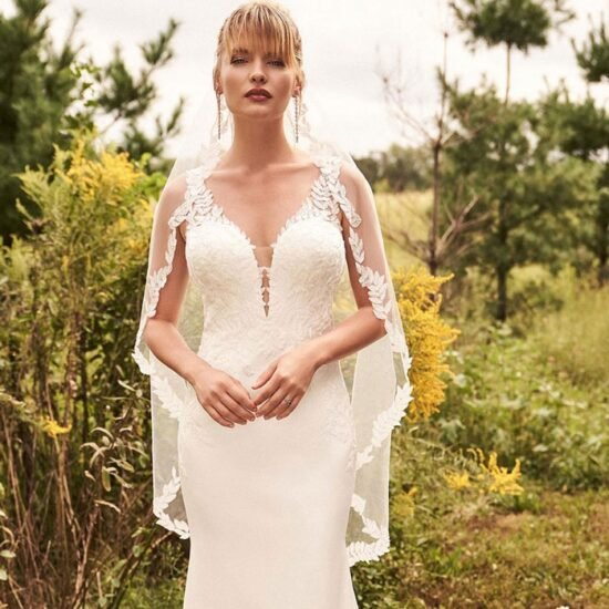 Lillian West - 66199 Brautkleid Vorderansicht 1