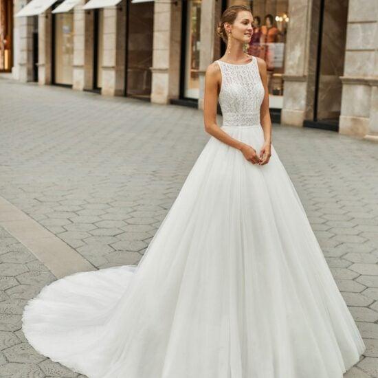 Luna Novias - Figaro Brautkleid Vorderansicht 1
