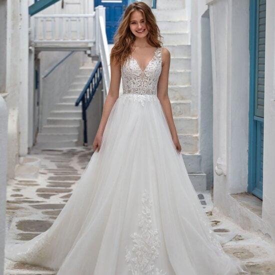 Nicole Milano - Mistral Brautkleid Vorderansicht 1