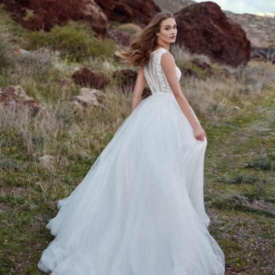 Nicole Milano - Nemesi Brautkleid Rückansicht 1