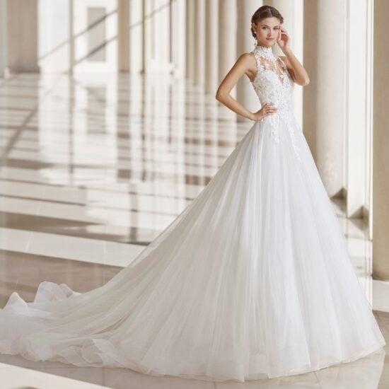 Rosa Clará - Nias Brautkleid Vorderansicht 1