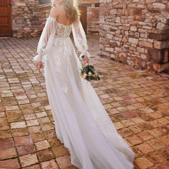 White One - Cariad Brautkleid Rückansicht 1