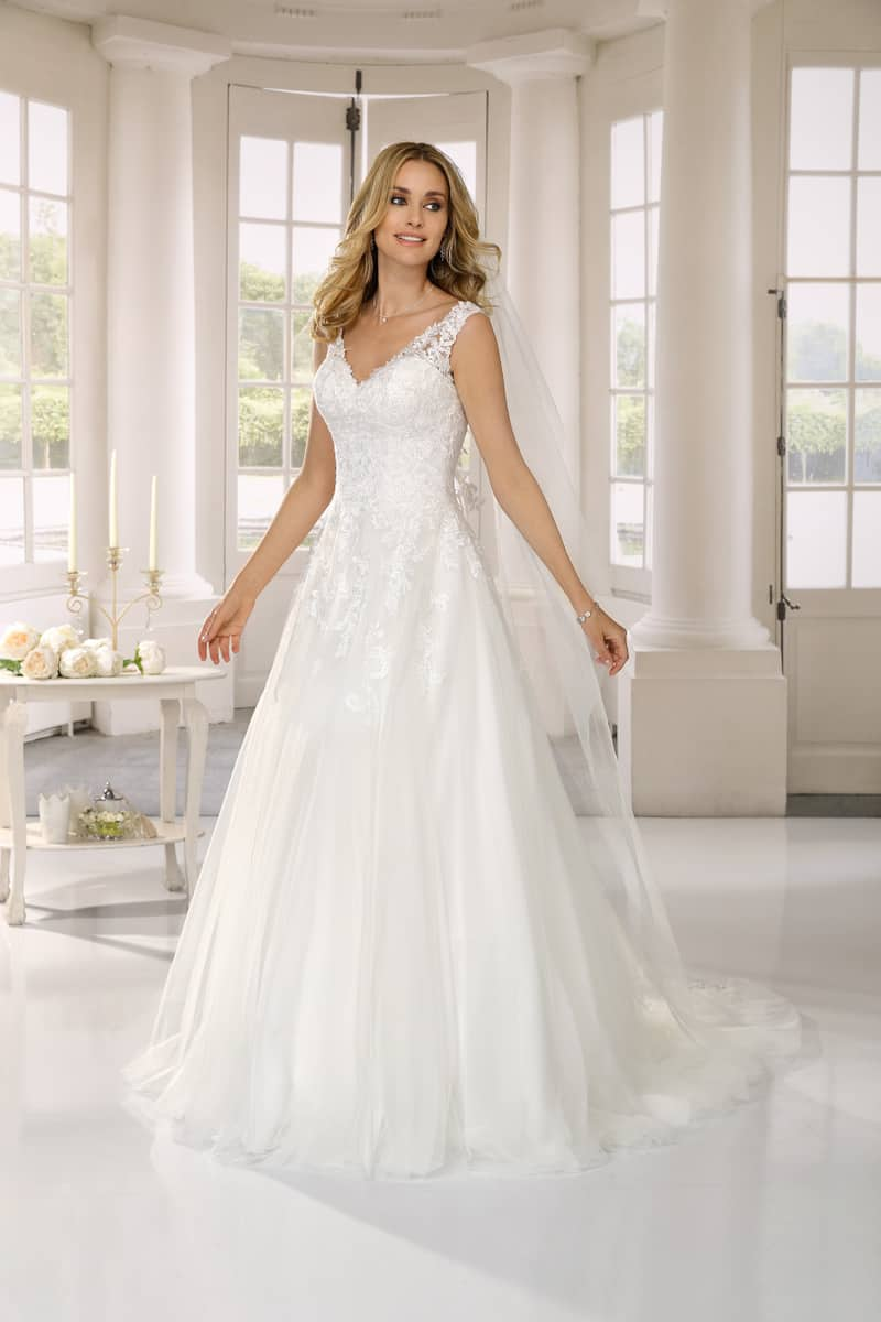 Ladybird - 421033 Brautkleid Vorderansicht 2