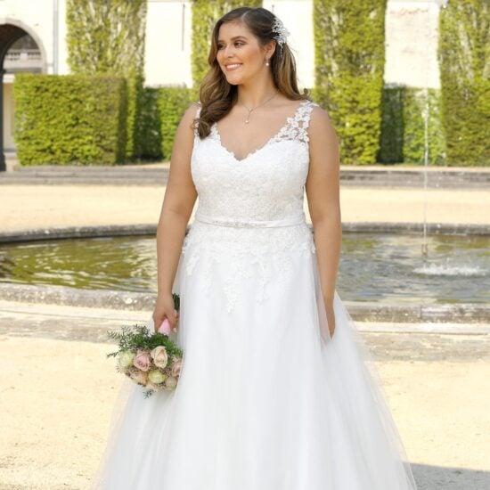 Ladybird - LS720024 Brautkleid Vorderansicht 3
