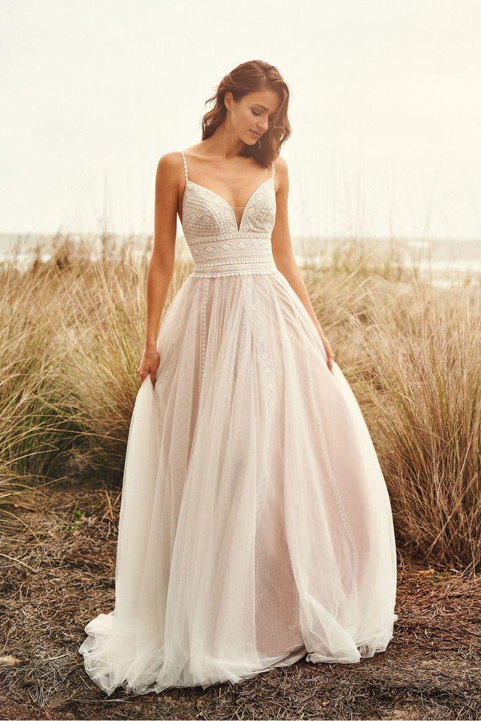 Lillian West - 66108 Brautkleid Vorderansicht 2