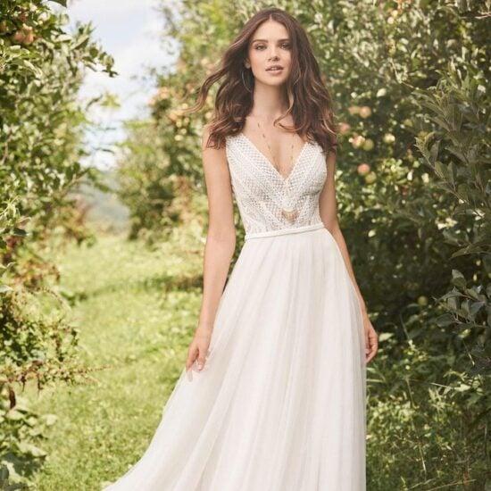 Lillian West - 66122 Brautkleid Vorderansicht 3
