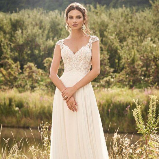 Lillian West - 66132 Brautkleid Vorderansicht 3