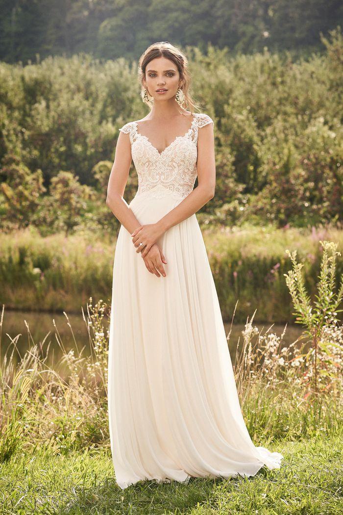 Lillian West - 66132 Brautkleid Vorderansicht 2