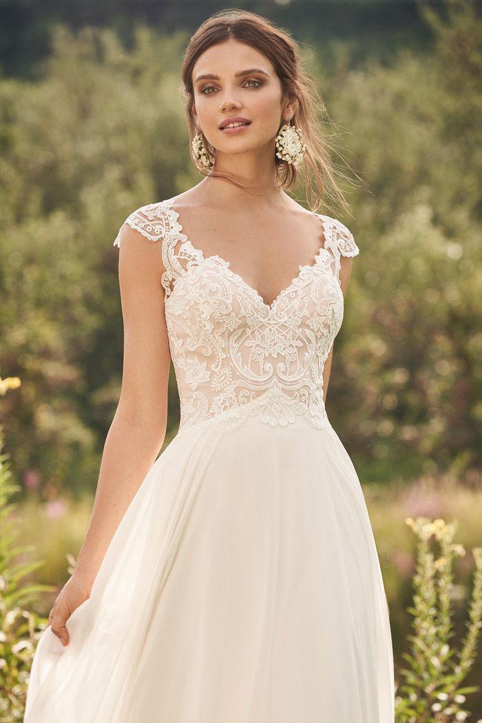Lillian West - 66132 Brautkleid Vorderansicht 1