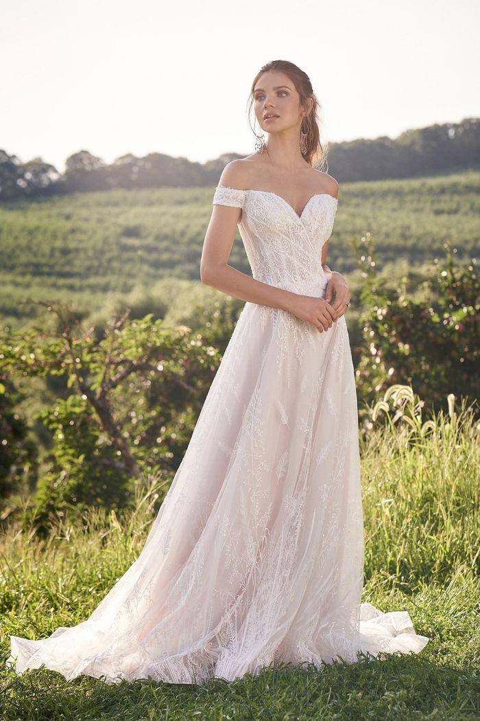 Lillian West - 66145 Brautdkleid Vorderansicht 1
