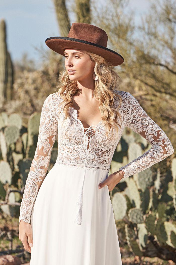 Lillian West - 66150 Brautkleid Vorderansicht 3