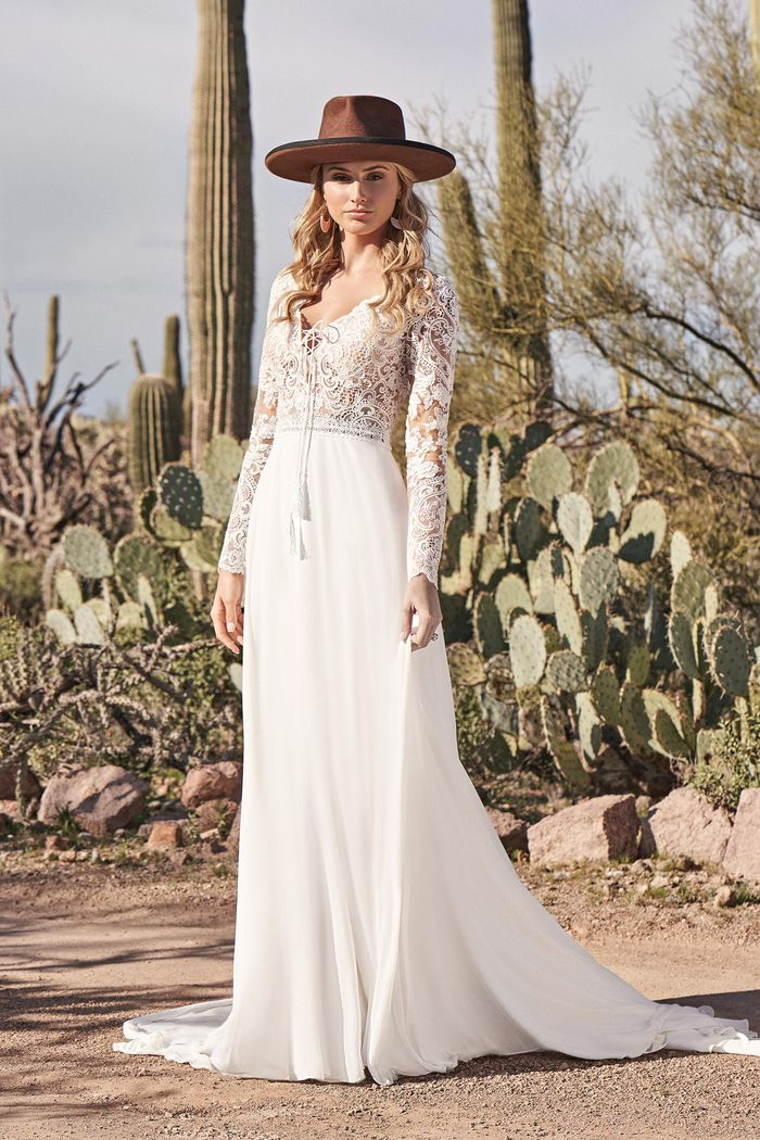 Lillian West - 66150 Brautkleid Vorderansicht 1