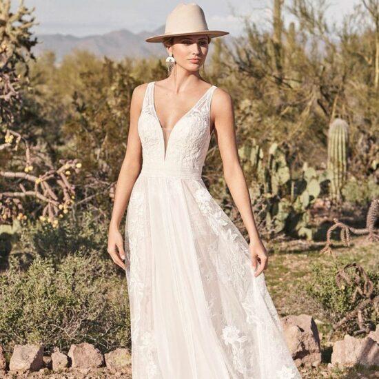 Lillian West - 66166 Brautkleid Vorderansicht 3