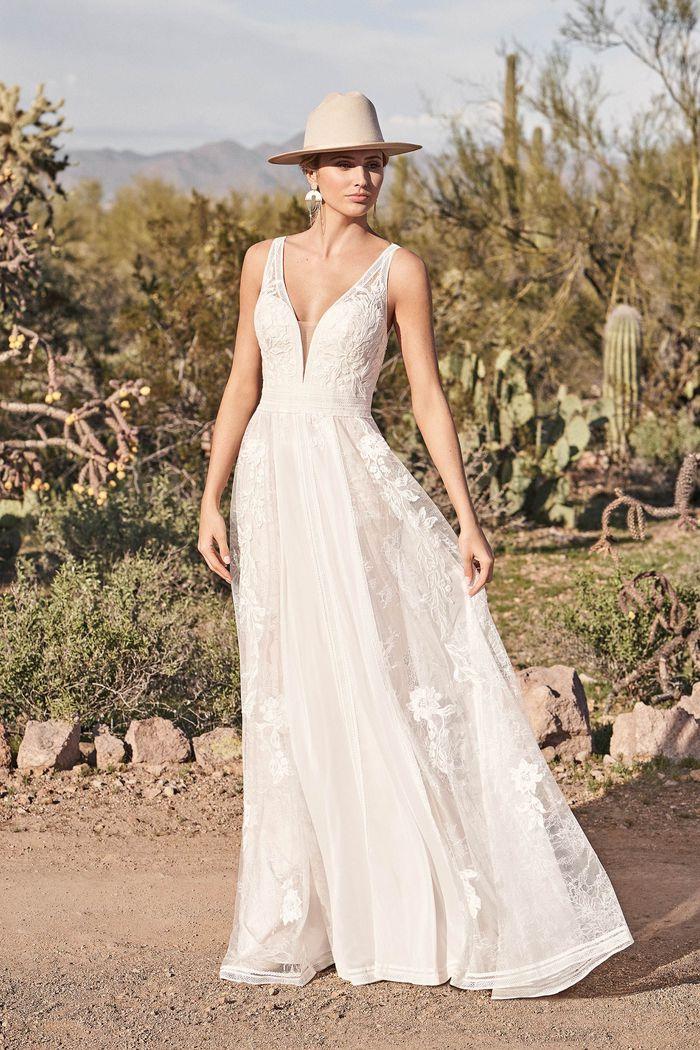 Lillian West - 66166 Brautkleid Vorderansicht 2