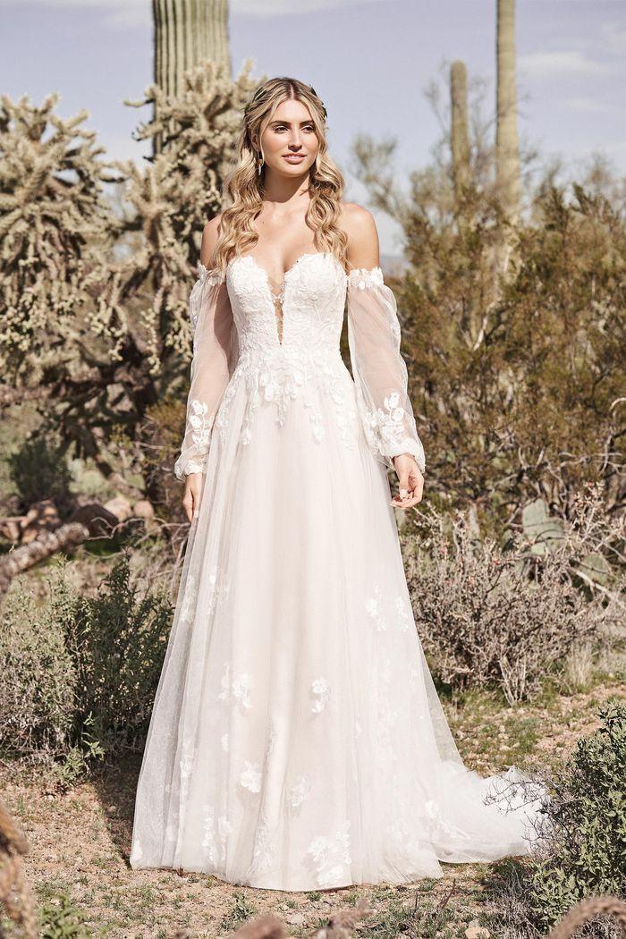 Lillian West - 66175 Brautkleid Vorderansicht 2