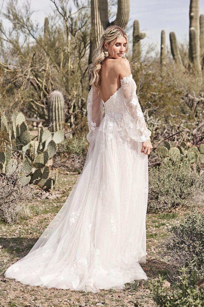 Lillian West - 66175 Brautkleid Rückansicht 2