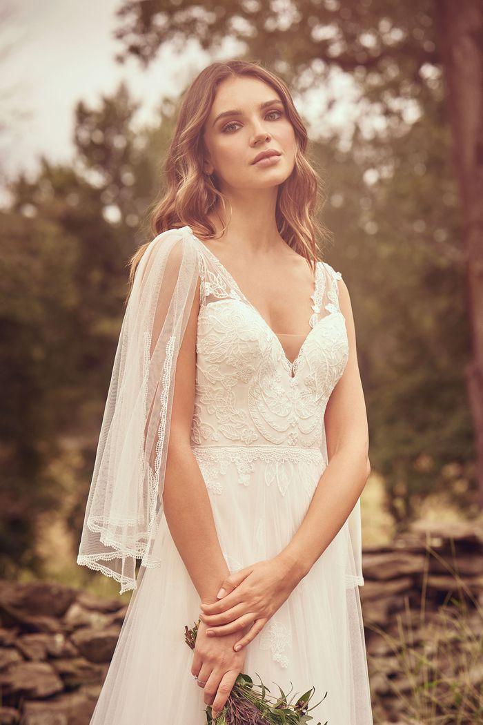 Lillian West - 66065 Brautkleid Vorderansicht 1