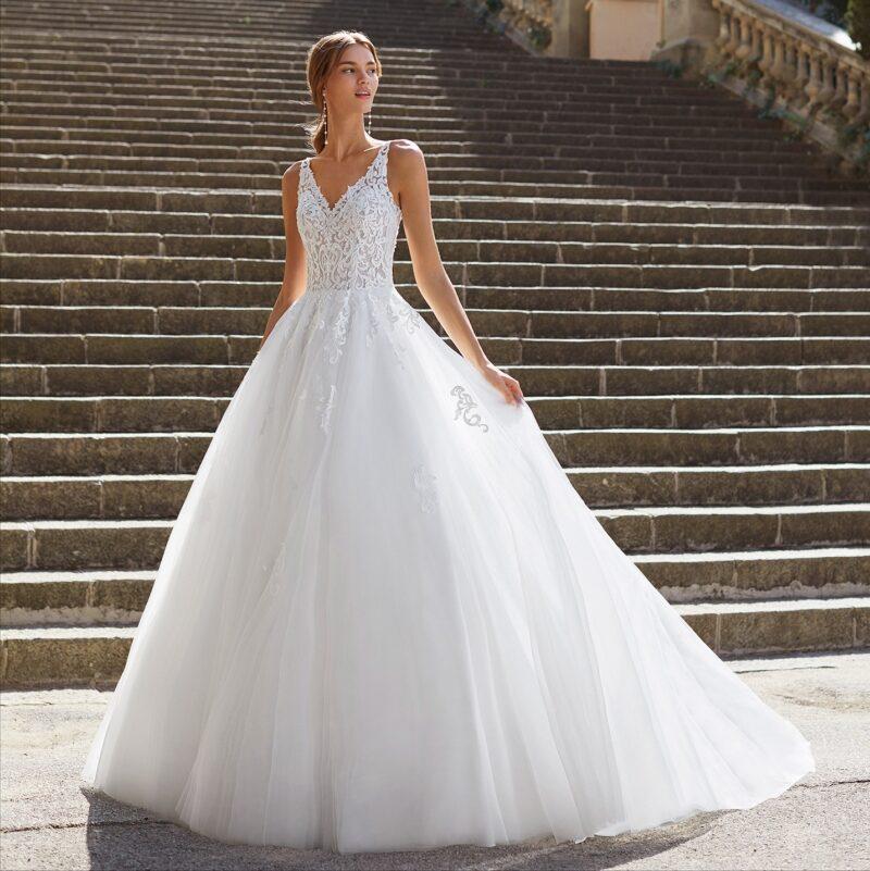 Luna Novias - Yesire Brautkleid Vorderansicht 2