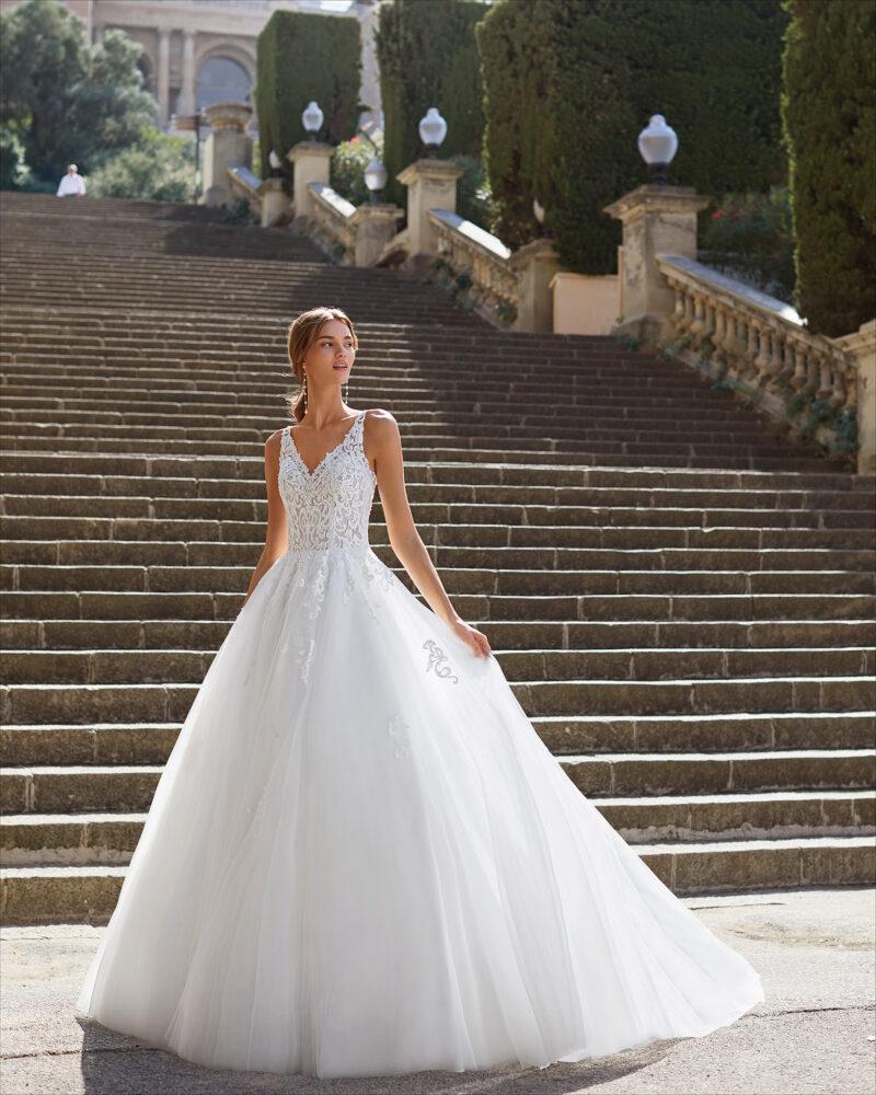 Luna Novias - Yesire Brautkleid Vorderansicht 1