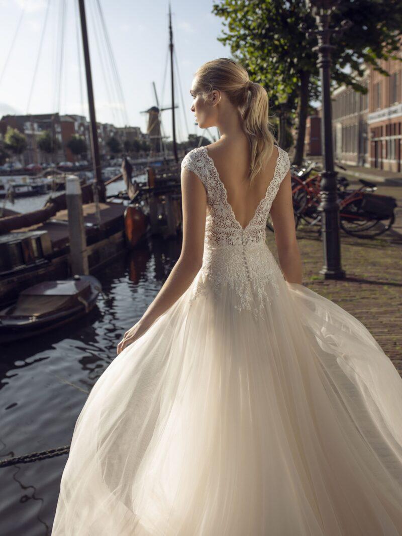 Modeca - Kae Brautkleid Rückansicht 2