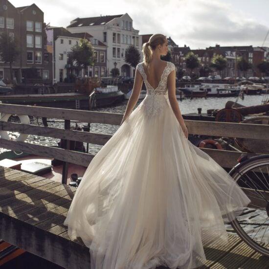 Modeca - Kae Brautkleid Rückansicht 1