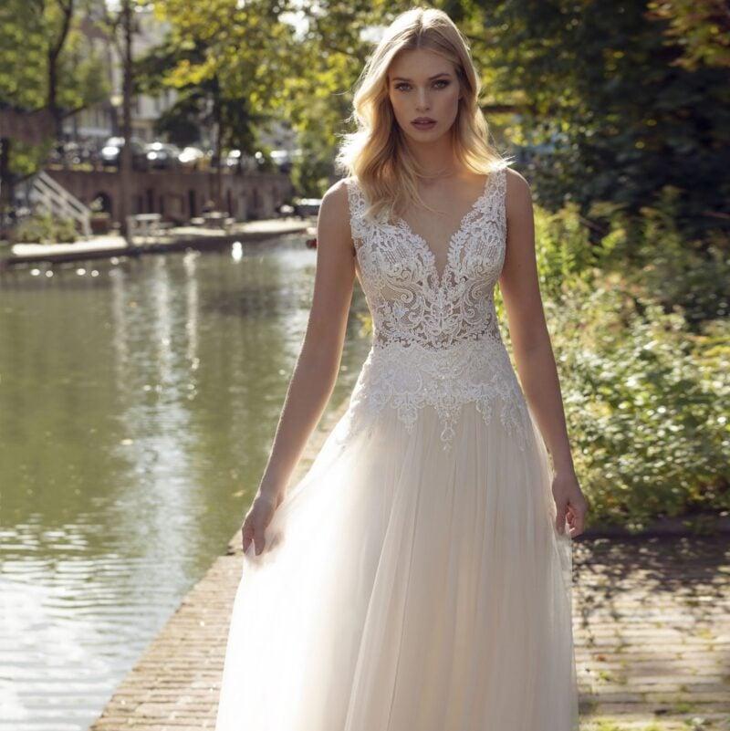 Modeca - Kansas Brautkleid Vorderansicht 2