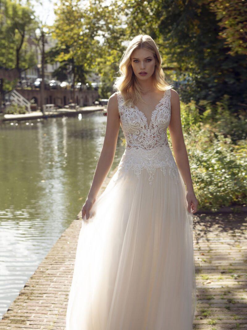 Modeca - Kansas Brautkleid Vorderansicht 1