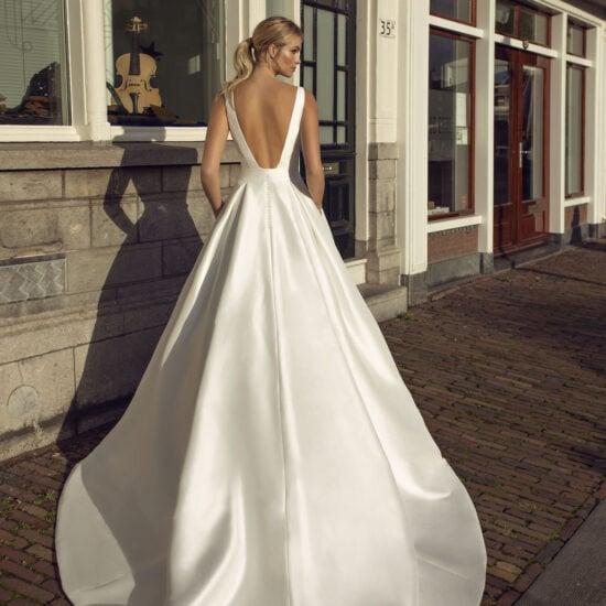 Modeca - Kaya Brautkleid Rückansicht 1