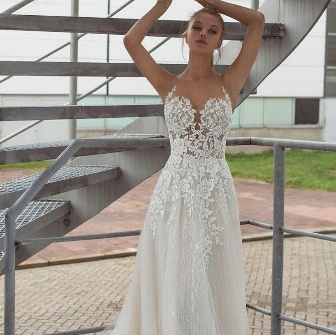 Le Papillon - Liara Brautkleid Vorderansicht 2