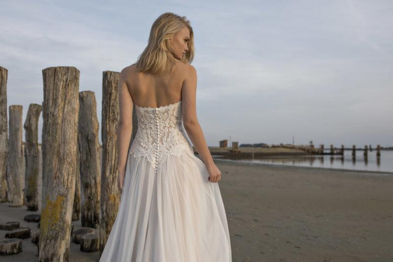 Modeca -Doreen Brautkleid Rückansicht 1
