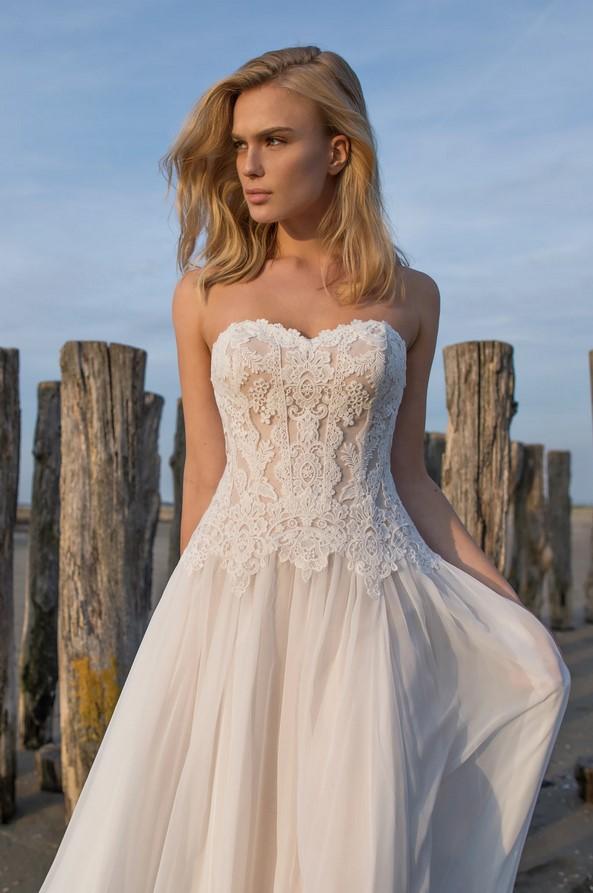 Modeca -Doreen Brautkleid Vorderansicht 1