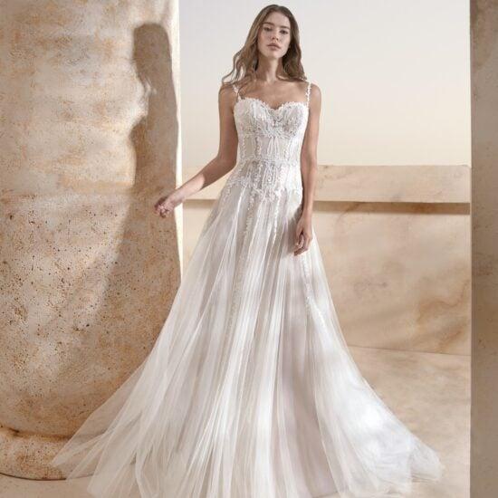 Le Papillon - Harrogate Brautkleid Vorderansicht 3