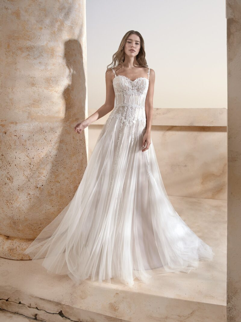 Le Papillon - Harrogate Brautkleid Vorderansicht 2