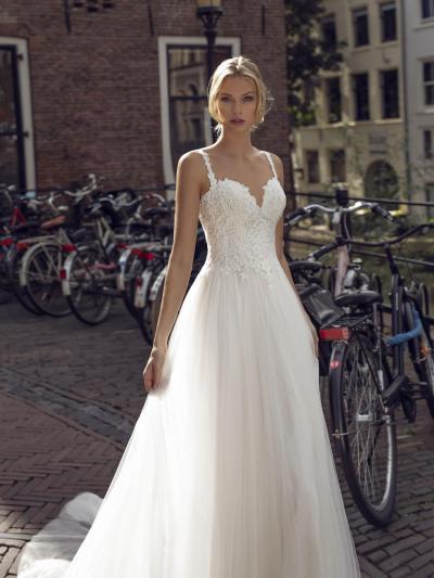 Modeca - Kendall Brautkleid Vorderansicht 1