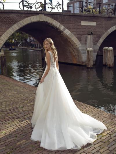 Modeca - Kensington Brautkleid Rückansicht 1