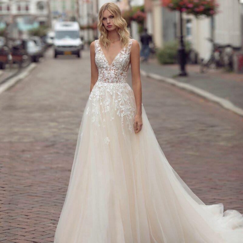 Modeca - Kimberley Brautkleid Vorderansicht 3