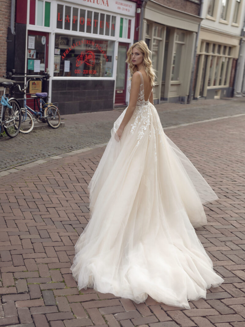 Modeca - Kimberley Brautkleid Rückansicht 1