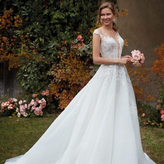 Nicole Milano - CO12138 Brautkleid Vorderansicht 2