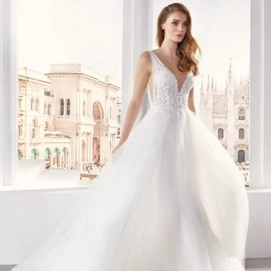 Nicole Milano - JO12139 Brautkleid Vorderansicht 1