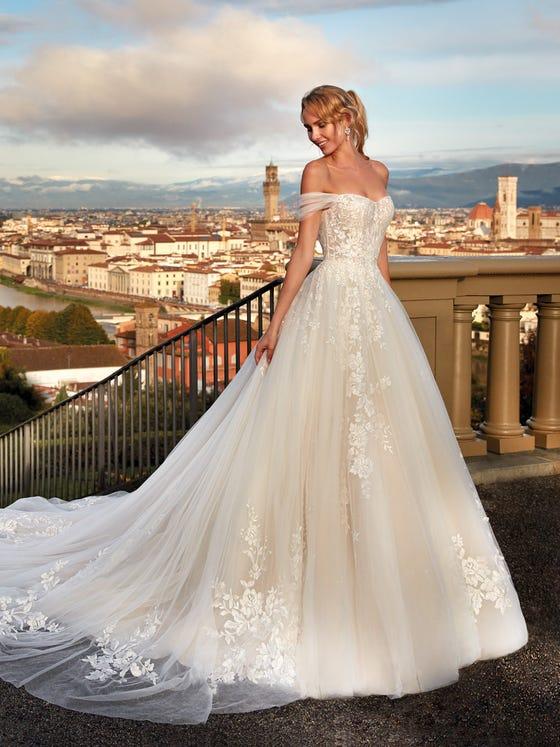 Nicole Milano - NI121A5 Brautkleid Vorderansicht 1
