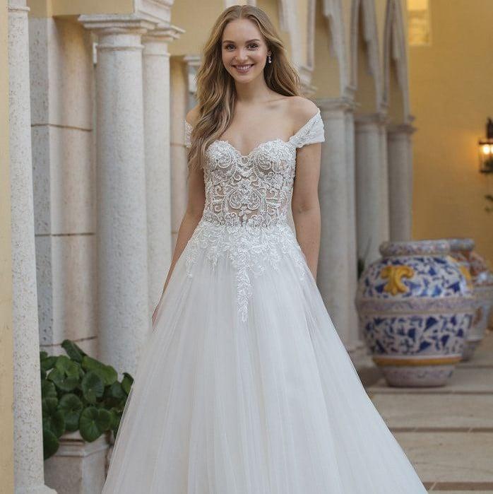 Sincerity - 44076 Brautkleid Vorderansicht 3