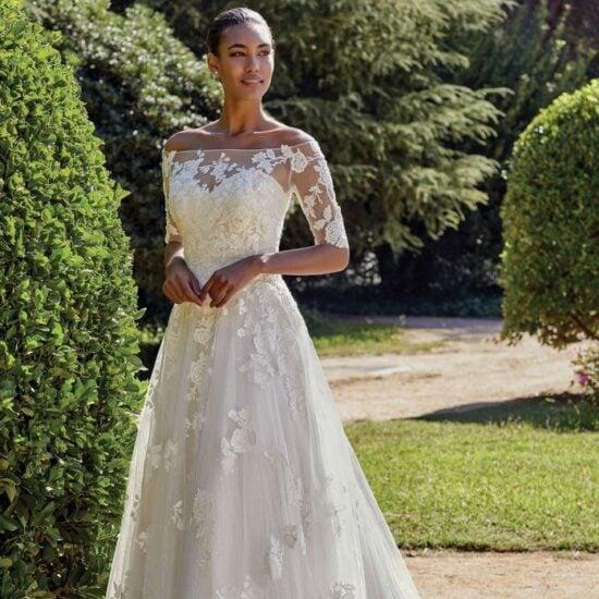 Sincerity - 44135 Brautkleid Vorderansicht 2