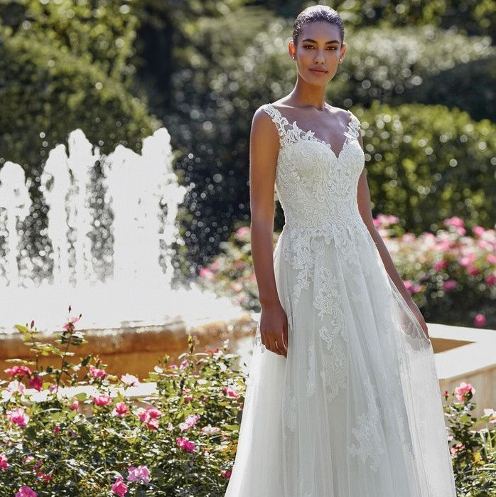 Sincerity - 44146 Brautkleid Vorderansicht 3