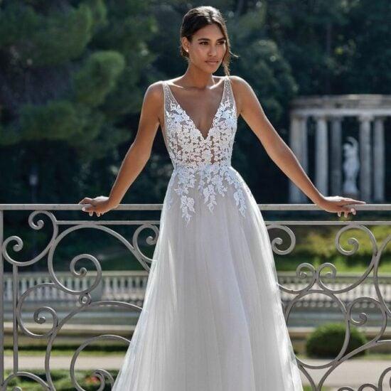 Sincerity - 44149 Brautkleid Vorderansicht 3