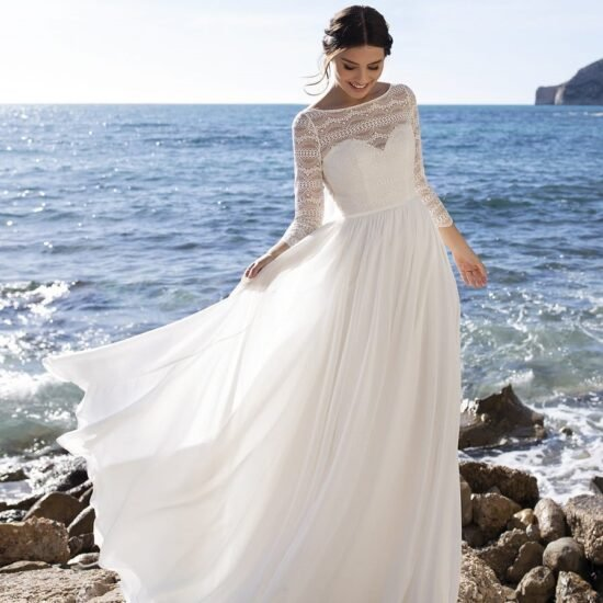 White One - Clusiana Brautkleid Vorderansicht 2