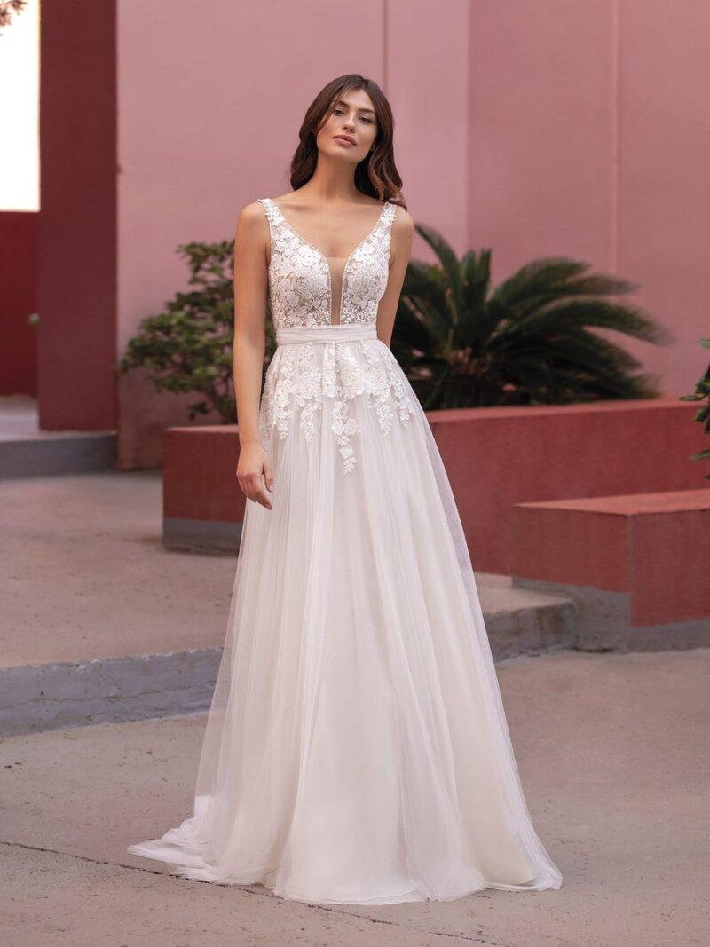 White One - Brautkleid Vorderansicht 2