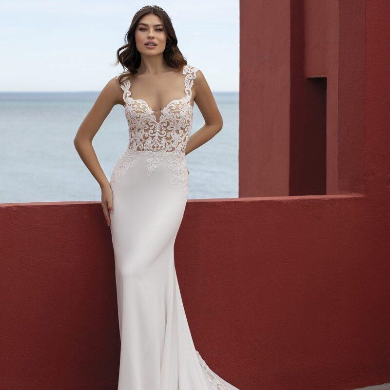 White One - Lava Brautkleid Vorderansicht 2